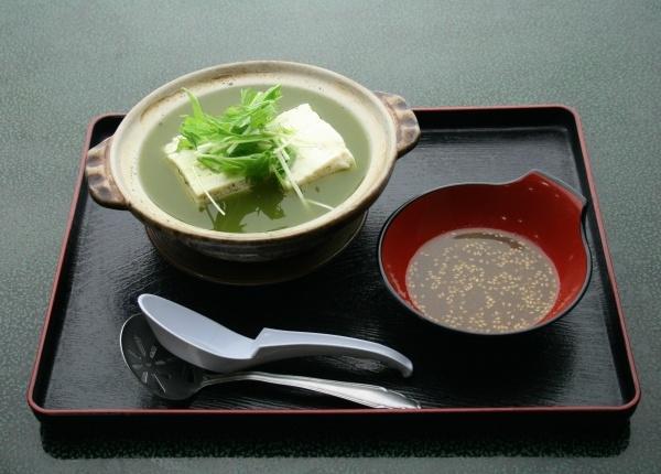 嬉野茶温泉湯豆腐